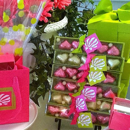 Darien, Georgien: Chocolate wonderment for your Valentine awaits at Sugar Marsh Cottage on Historic Vernon Square!