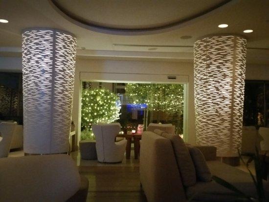 Alasia Hotel: 20170210_203349_large.jpg