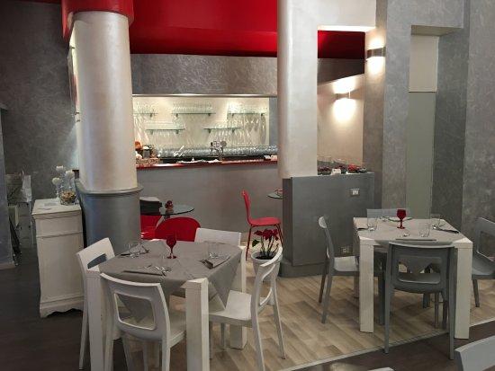 Art Cibò & Cafè: Sala e corner bar