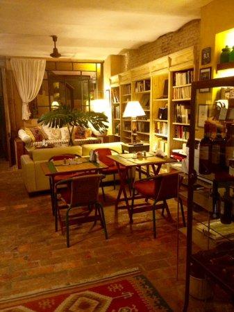 Colonia Suite Apartments: El salon