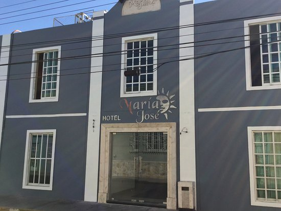Hotel Maria Jose: Calle