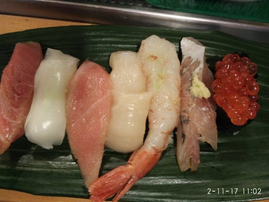 Photo of Japanese Restaurant Tsukiji Sushimaru at 築地5-2-1 築地市場内10号棟, Chuo 104-0045, Japan