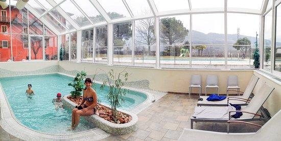La Piscina Coperta Picture Of Hotel Al Maso Riva Del Garda Tripadvisor