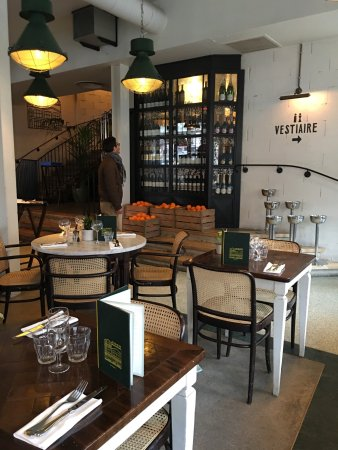 brasserie barbes picture of brasserie barbes paris tripadvisor. Black Bedroom Furniture Sets. Home Design Ideas