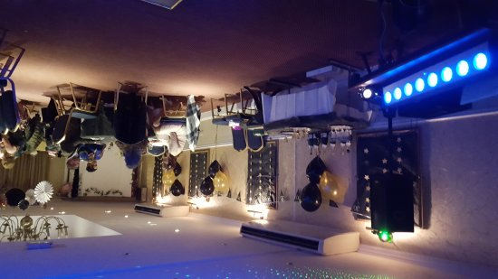 Best Western Wessex Royal Hotel: 30th party in the function room we were allowed to decorate to our hearts content