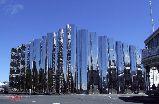 Govett-Brewster Art Gallery / Len Lye Centre