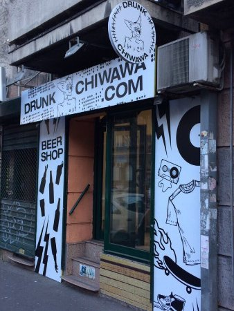 Drunk Chiwawa Beer Shop