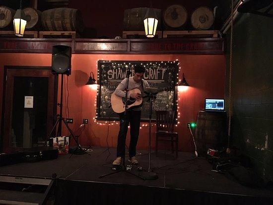 Shawnee on Delaware, بنسيلفانيا: Live entertainment / trivia on Thursdays