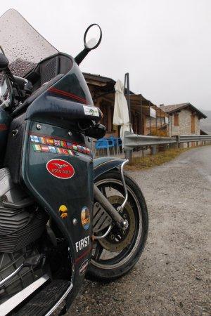 Romagnese, Italia: in sosta sotto la pioggia