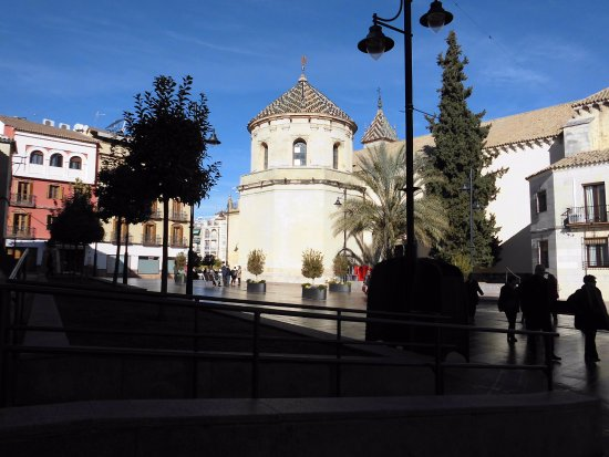 Lucena, Spanien: Exteriores de la Iglesia de San Mateo