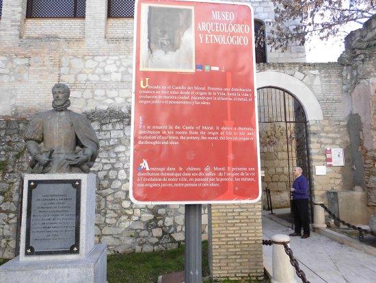 Lucena, Spanien: Cartel de informacion