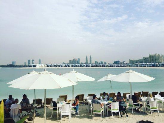 Brunch In A Breeze: Picture Of Breeze Beach Grill, Dubai