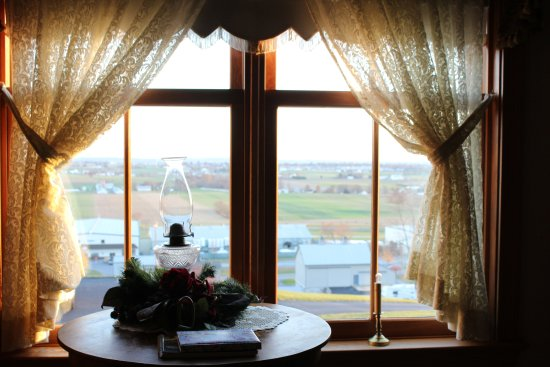 Ephrata, PA: Victorian Rose bedroom view
