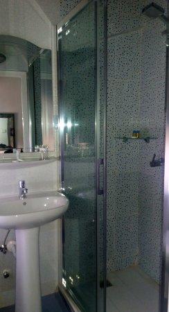 Hotel Parador: Pequeño pero limpio