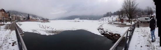 poco distante da Brusago: Lago di Serraia (ghiacciato) a Baselga di Piné