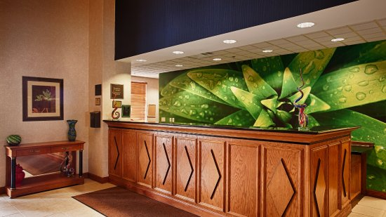 Best Western Regency Plaza Hotel - St. Paul East: Lobby