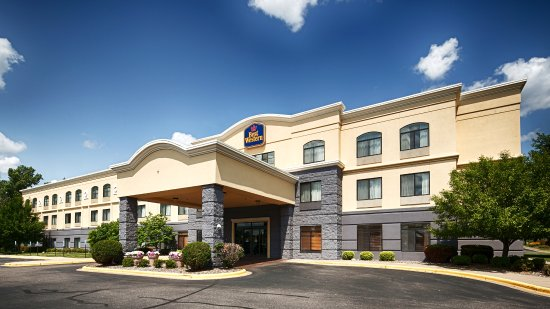 Best Western Regency Plaza Hotel - St. Paul East: Hotel Exterior
