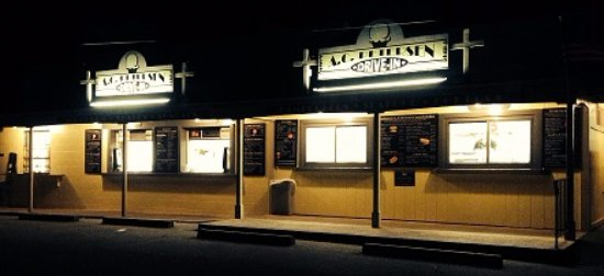 Old Lyme, คอนเน็กติกัต: Come out for an evening ice cream treat!
