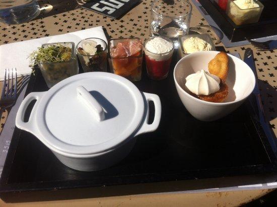 Monument Cafe Chateau d'Angers : dejeuner