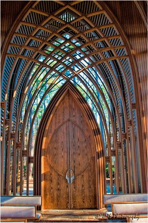 Bella Vista, AR: The door leading out of the chapel