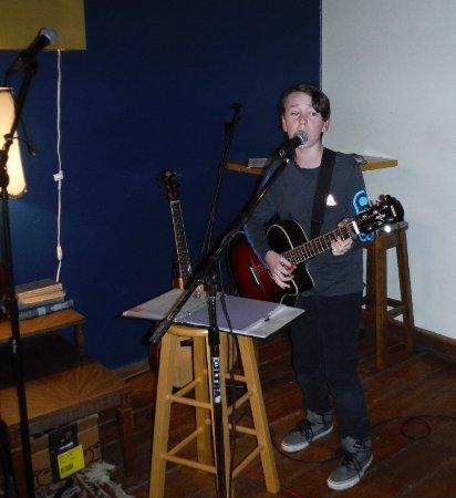 Courtenay, Kanada: AMAZING SINGER: RYKS DAVIES