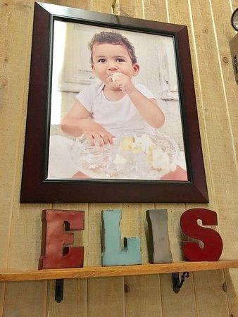 Leola, PA: Eli's Place