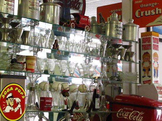 Soda Pops : Soda shoppe glassware