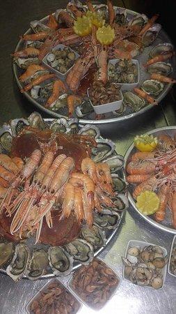 Dordogne – Périgord, France : Soirée fruits de mer, une vraie réussite 👍