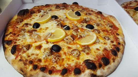 Montmelian, Frankrike: Pizza San Nicola