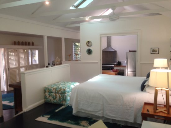 Arajilla Retreat - Lord Howe Island: Blue Peter bedroom