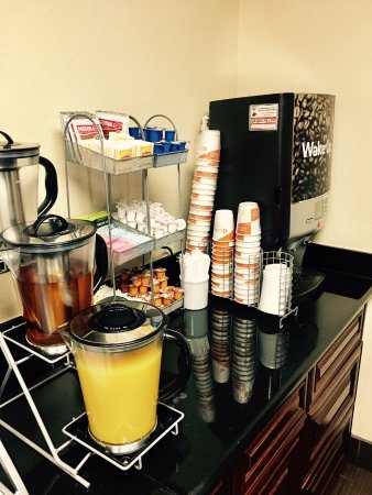 Comfort Suites - Near the Galleria: Free Hotel Breakfast Buffet. Tasted really good.