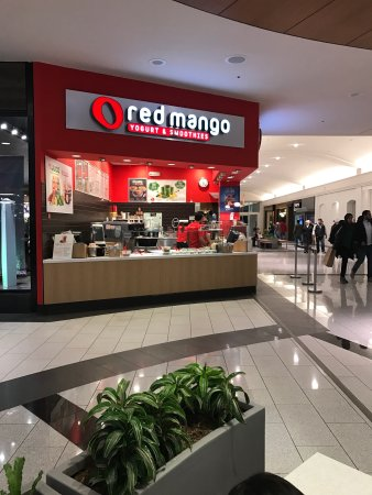 Garden City, NY: Red Mango Roosevelt Field Mall