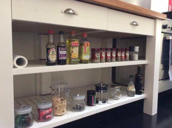 Arajilla Retreat - Lord Howe Island: Blue Peter - complimentary herbs/spices etc