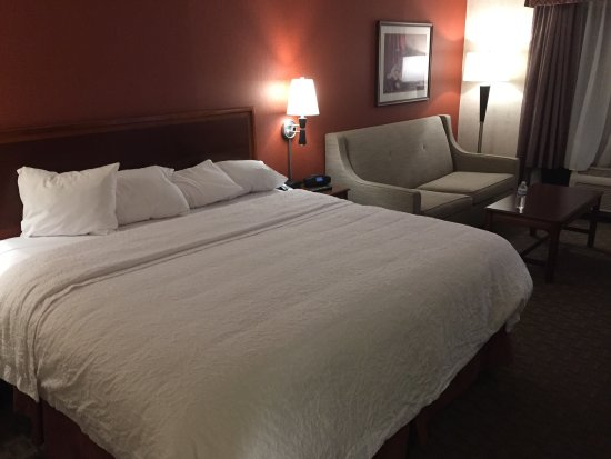 Hampton Inn East Aurora: Nice clean room