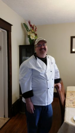 Ambiance by the Falls Bed and Breakfast: B&B host and chef