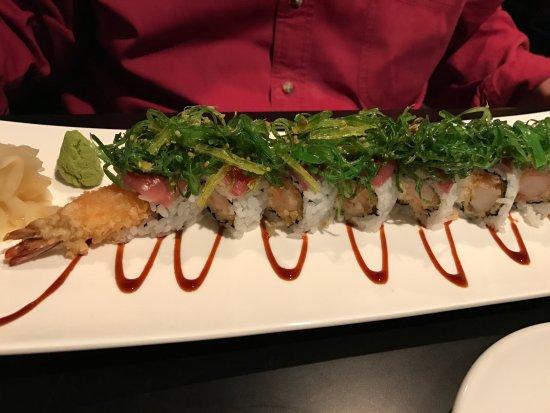 Chakara : Sushi roll 1