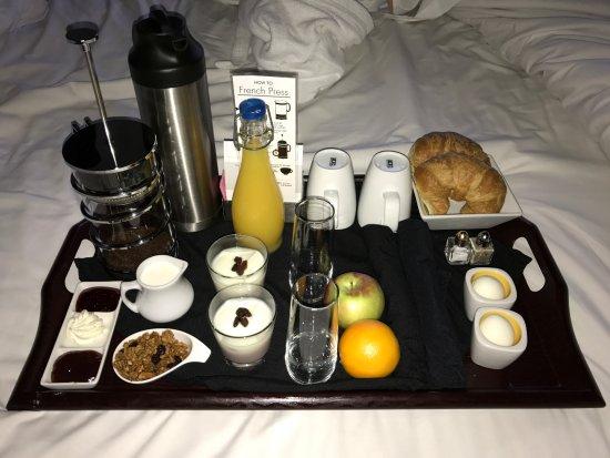 Sterling Inn & Spa: Breakfast