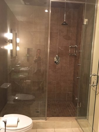 Steam shower - Picture of Sterling Inn & Spa, Niagara Falls ...