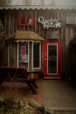 Chocolate Tofino : Sweet stop!