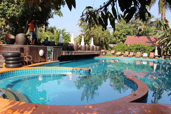 La Pistoche Swimming Pool Bar Luang Prabang All You Need To Know Before You Go With