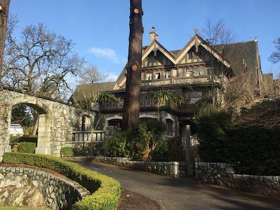 English Inn: photo0.jpg