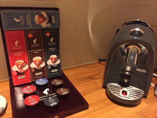 Grand Hotel Wien: Coffee making machine and tea making facilities
