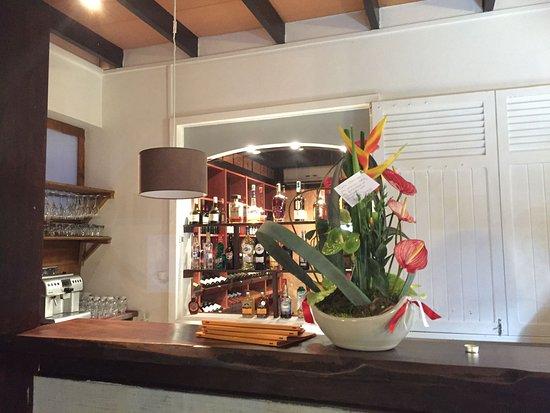 Le jardin des sens saint gilles les bains restaurant for Le jardin des sens