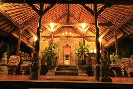 Ananda Cottages: hotel lobby