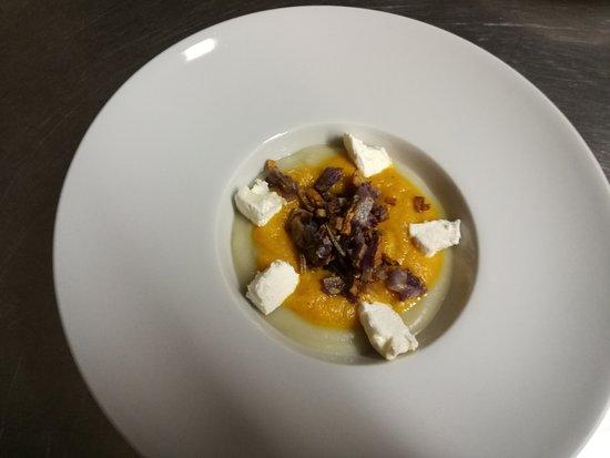Ortezzano, Italien: topinanbur, carote patate e caprino fontegranne