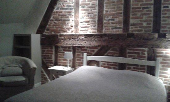 Laon, Frankrig: chambre double 2ème étage.