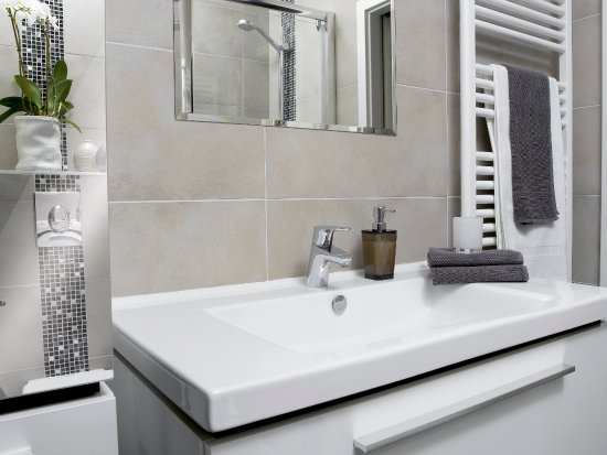 Le 32 : Salle de bain Studio