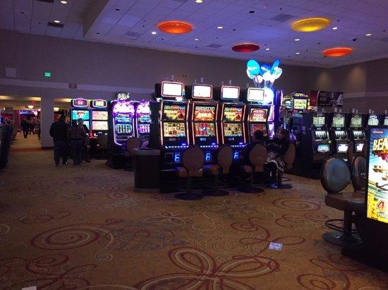 Fantasy Springs Resort Casino: カジノ