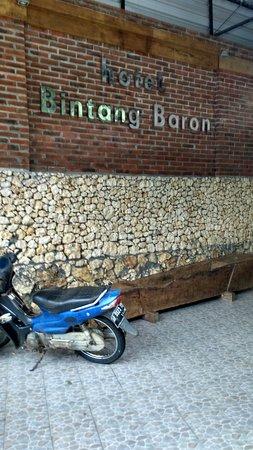 Hotel Baron Indah : Hotel bintang baron,sejuk,sepi,nyaman dan murah