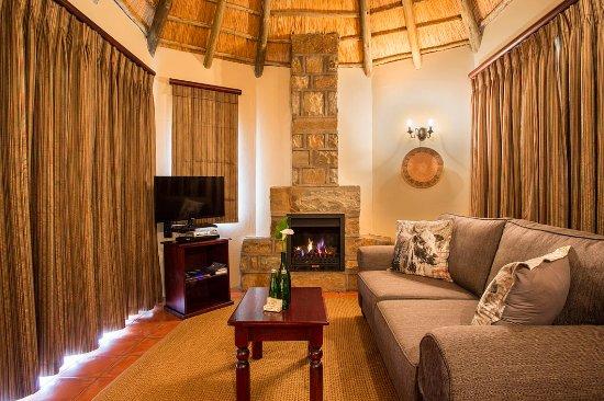 uKhahlamba-Drakensberg Park, Güney Afrika: Garden Suite - Lounge